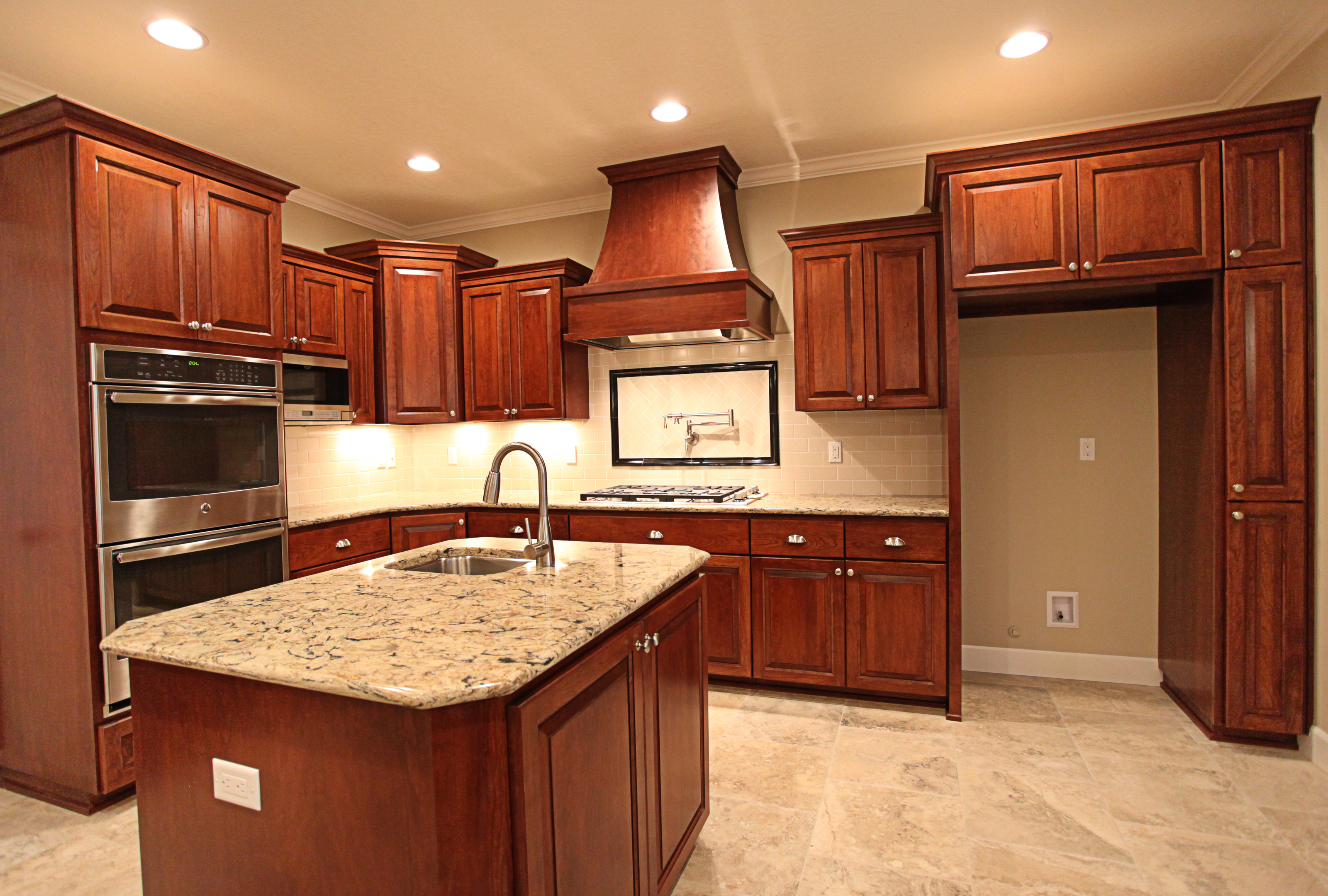 Affordable custom cabinets showroom for Small upper kitchen cabinets