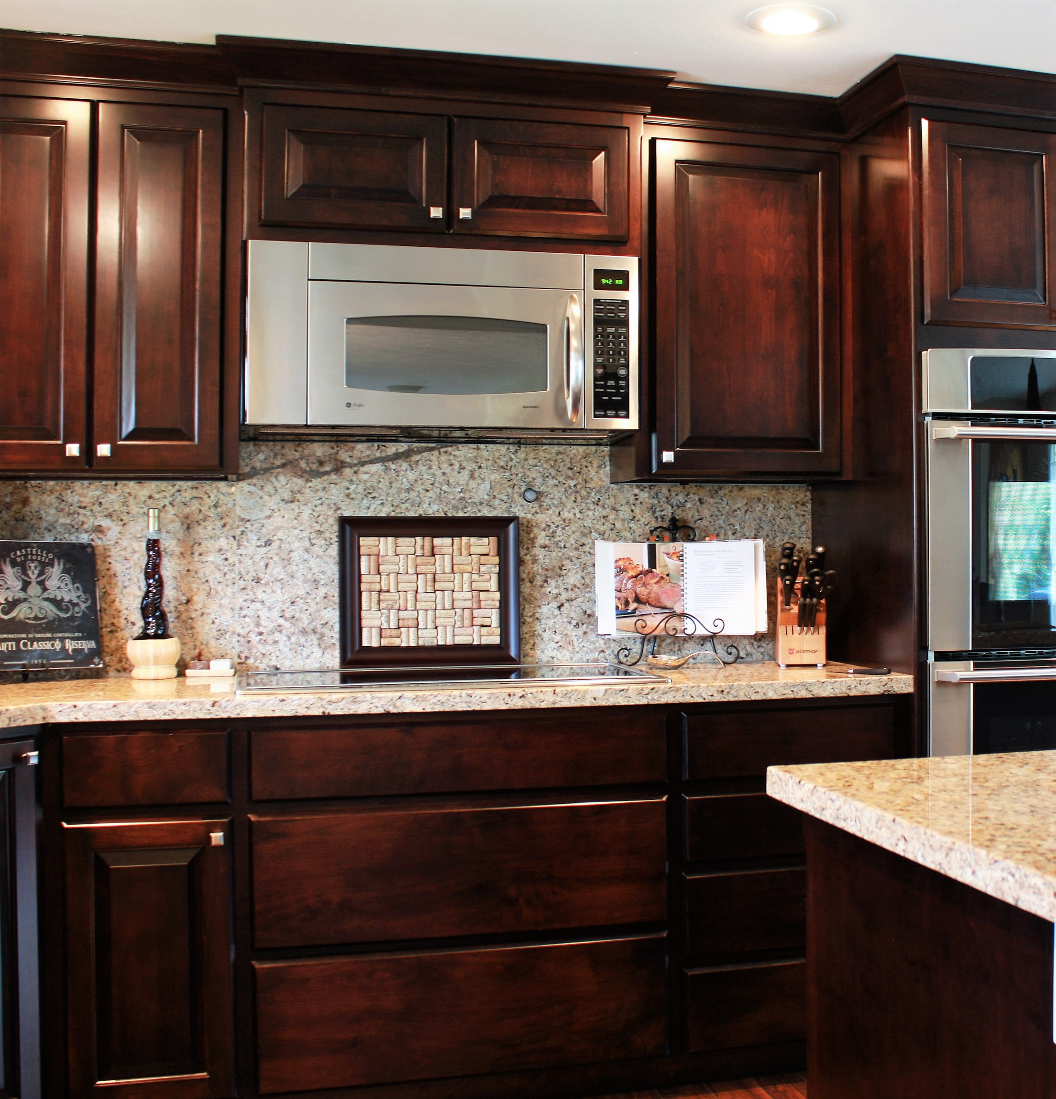 Affordable custom cabinets showroom for Western kitchen cabinets